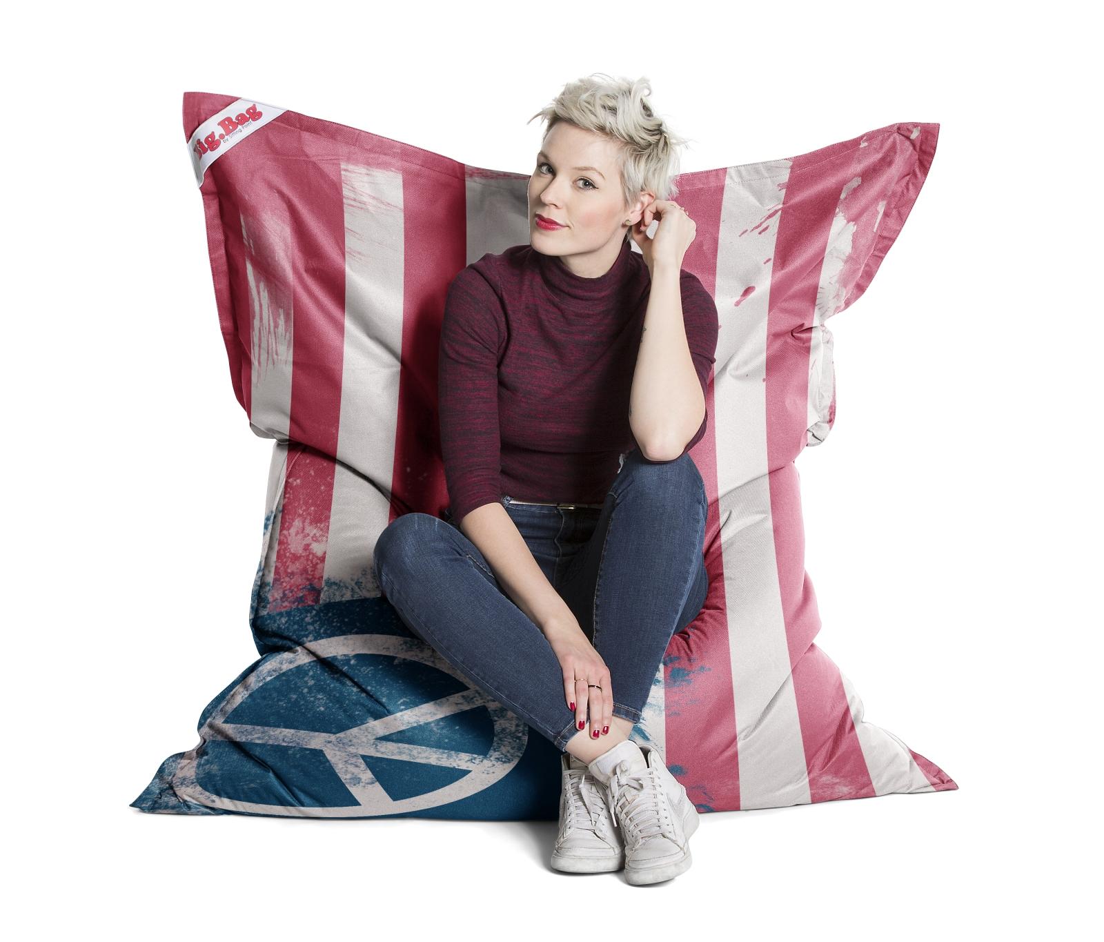 sitzsack brava big bag peace flag 130x170cm. Black Bedroom Furniture Sets. Home Design Ideas